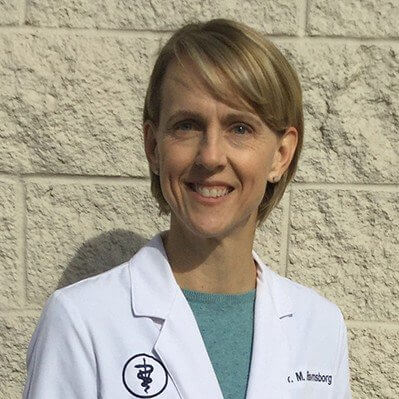 Dr. Michelle Ravnsborg - Walnut Creek Veterinary Clinic